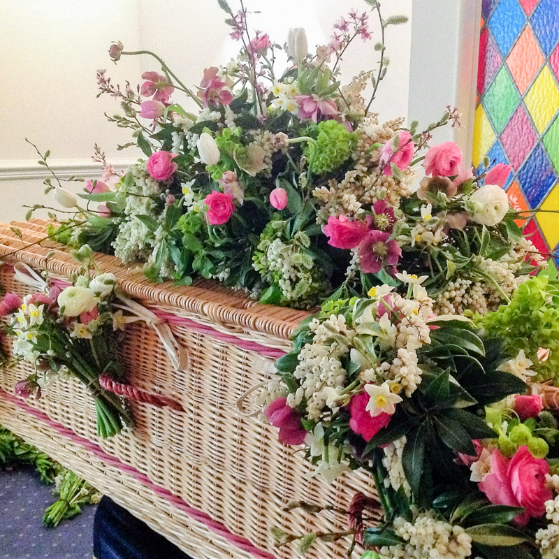 photo of Funeral Casket Flowers by Florist Babylon Flowers Watlington Oxfordshire