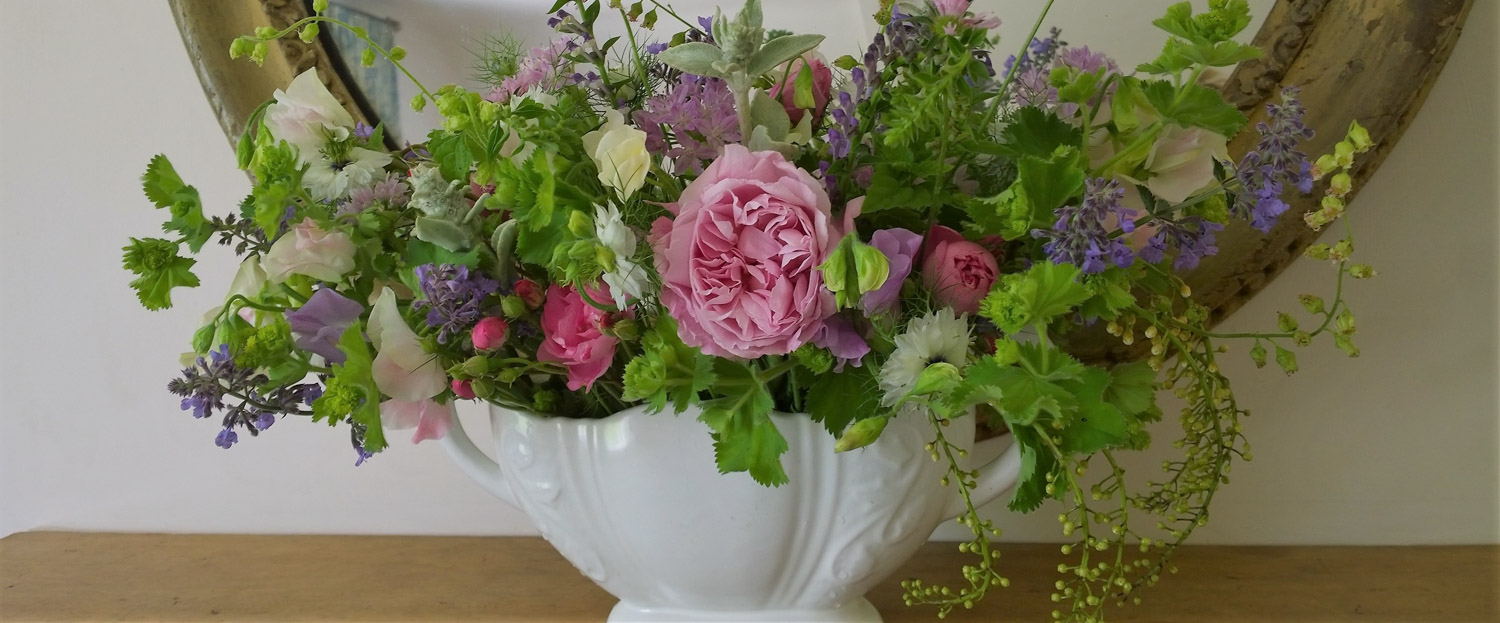 Flowers for your House by Babylon Flowers Watlington Oxfordshire